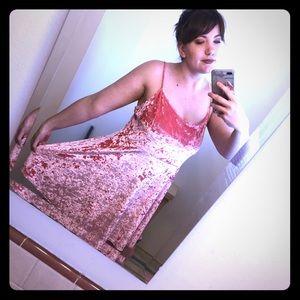 Pink Velvet Dress💞